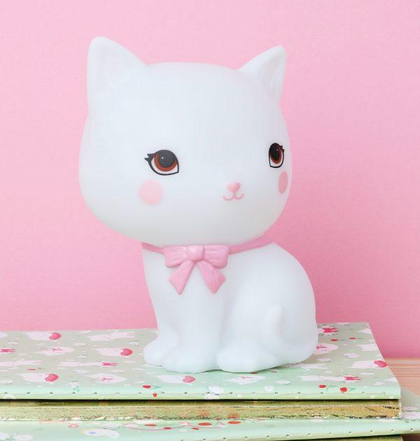 LLKIWH49-HR-5 little light kitty