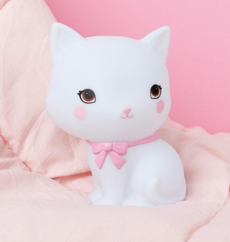 LLKIWH49-HR-6 little light kitty