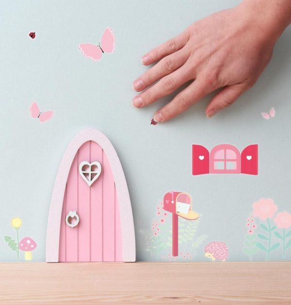 wsfdfg08-lr-4-fairy-door-fairy-garden