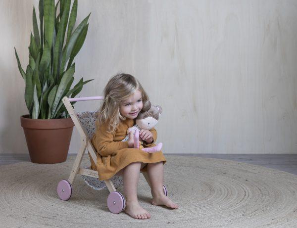 4441 – wooden doll stroller – spring flowers – 5