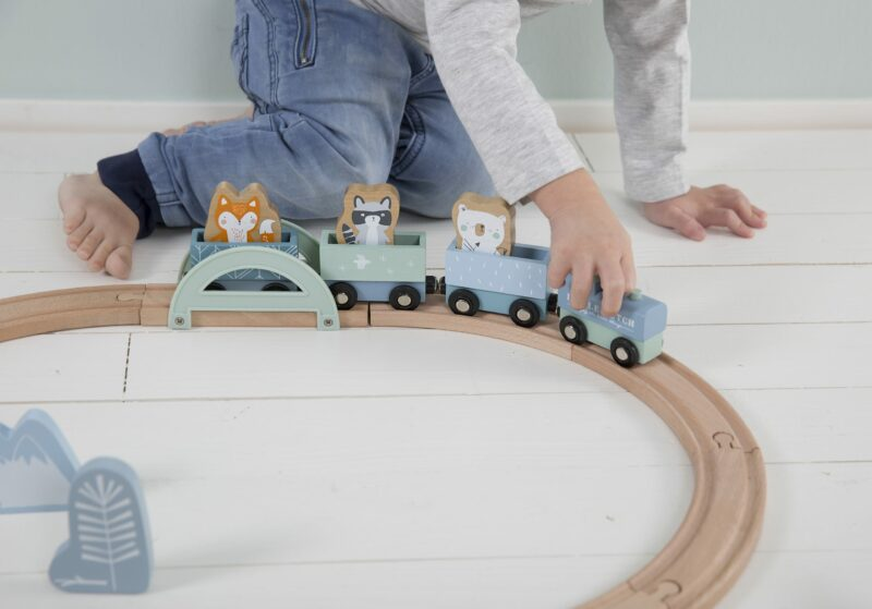 4423 – wooden train track – blue 3