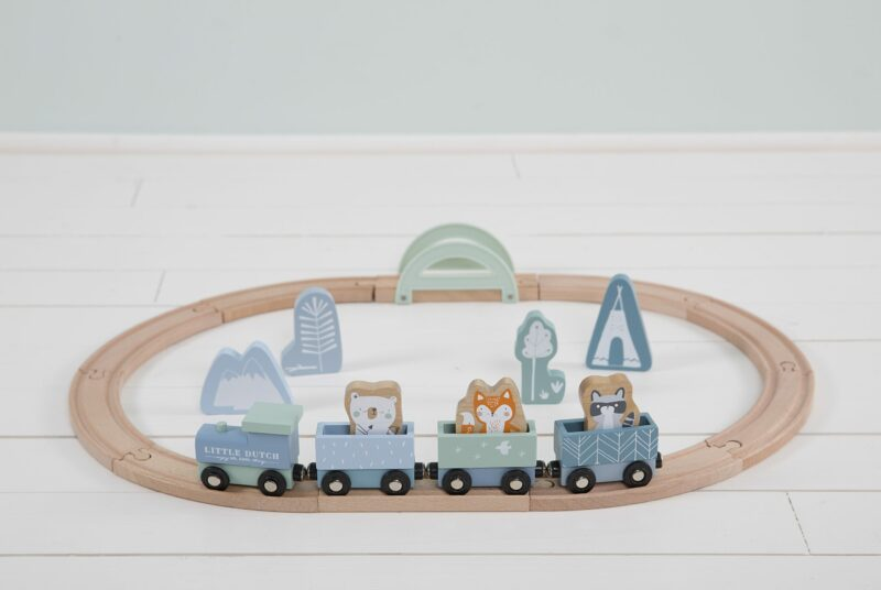 4423 – wooden train track – blue 5