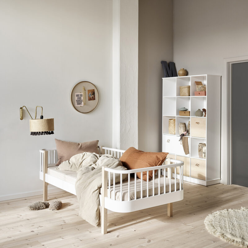 2020_web_041405_Wood_day_bed_041321_Shelving_unit_3x5_041328_Boxes