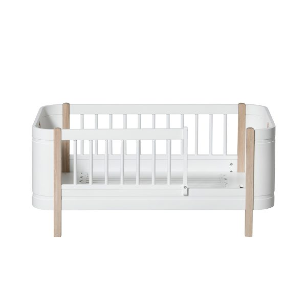 oliver furniture-041425_juniorbed_cotbed2a